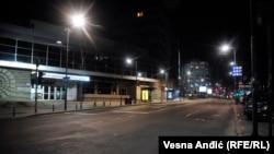 Порожні вулиці столиці Сербії Белграда під час комендантської години, березень 2020 року