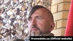 Співак Василь Сліпак, соліст Паризької опери, який воював у складі ДУК «Правий сектор», загинув 29 червня 2016 року в бою на Донеччині від кулі снайпера