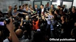 """""""Blloku"""" gjatë një konference për media, foto nga arkivi"""