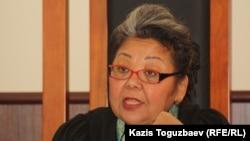 Алматы қалалық сотының бұрынғы судьясы Күлпәш Өтемісова. Сурет 11 шілде 2013 жылы түсірілген.