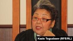 Судья Алматинского городского суда Кульпаш Утемисова. Алматы, 11 июля 2013 года.