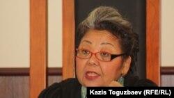Кульпаш Утемисова в бытность судьей апелляционной коллегии Алматинского городского суда. 11 июля 2013 года.
