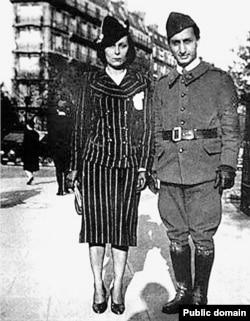Ариадна и Довид Кнут, Париж, 1939