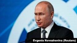 Путін наголосив, що поліпшення відносин між Україною та Росією залежить від Києва
