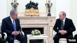 Kryeministri i Izraelit, Benjamin Netanyahu, dhe presidenti i Rusisë, Vladimir Putin.
