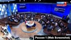 Питання про Керченський міст в ефірі «прямої лінії» з президентом Росії Володимиром Путіним