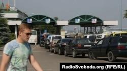 Колонна из машин на польской границе