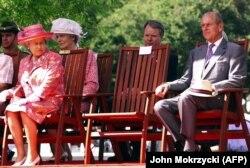 Королева Елизавета II и герцог Эдинбургский в Австралии, 2000 год