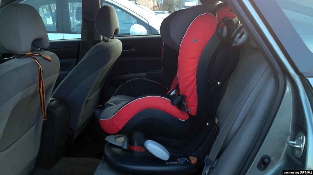 Применение детских кресел и удерживающих устройств в автомобилях при перевозке детей до 12 лет станет обязательным