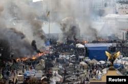 Київ, майдан Незалежності, 19 лютого 2014 року