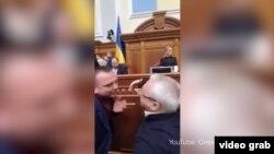 Інцидент між Максимом Ткаченком («Слуга народу») й Олексієм Кучеренком («Батьківщина») стався 6 лютого