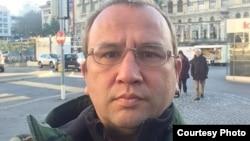 Полковник КНБ в запасе Елжан Турсумбеков. Лозанна (Швейцария), 22 ноября 2017 года.