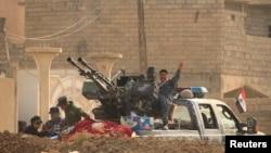 Iračka vojska, južno od Mosula