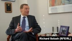 Ռոբերտ Բրադկեն հարցազրույց է տալիս «Ազատություն» ռադիոկայանին, Վաշինգտոն, 20-ը մարտի, 2012թ.