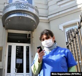 По официальным данным правительства Грузии, за последние два года жителям из отколовшихся регионов было оказано медицинской помощи на пять миллионов лари