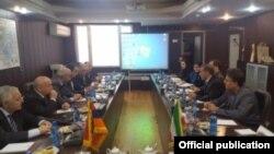 Іран та Вірменія укладають угоду про збільшення постачання газу, 2 листопада 2016 року