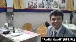 Искандар Усмонов, филмноманависи тоҷик.