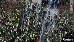 La demonstrațiile din decembrie de la Paris