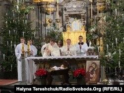 Різдвяне богослужіння в головній катедрі РКЦ у Львові
