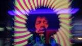Un poster cu Jimi Hendrix la clubul Marquee din Londra.