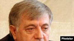 Փաստաբանների պալատի նախագահ Ռուբեն Սահակյան