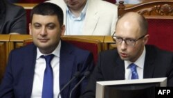 Володимир Гройсман та Арсеній Яценюк. Липень 2014 року