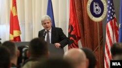 Ali Ahmeti - Lider i Bashkimit Demokratik për Integrim