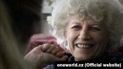 """Кадр з фільму """"Вольга"""" пра першую лэдзі Чэхіі Вольгу Гаўлаву"""