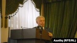 Ренат Харис