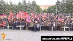 Armenia - An opposition rally in Gyumri, 8Oct2014.