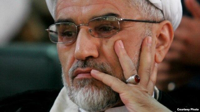 عبدالله نوری وزیر کشور در دولتهای اکبر هاشمی رفسنجانی و محمد خاتمی.