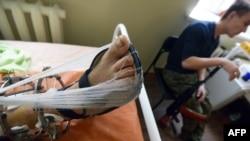 Пророссийский сепаратист в госпитале в Донецке. Февраль 2015 года. Иллюстративное фото.