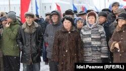Гульфия Габдул-Бариева и Ираида Долгушева (в центре)