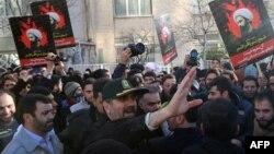 Иран -- Тегерандагы нааразылык акциясы, 3-январь, 2016.