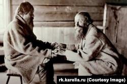 Карельские рунопевцы Братья Трихво и Поавила Яманены. Ухта, 1894