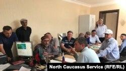 Активисты села в Буйнакском районе Дагестана говорят, что остались без пастбищных угодий