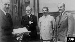 Подписание документов 23 августа 1939 г.