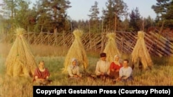 """RUSSIA -- """"The Russian Empire of Czar Nicholas II Captured in Color Photographs"""" By Sergei Mikhailovich Prokudin-Gorskii"""