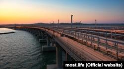 Керченский мост, архивное фото