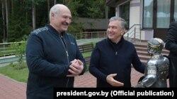 Аляксандар Лукашэнка і Шаўкат Мірзіёеў на сустрэчы ў Заслаўі, 31 ліпеня