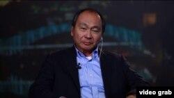 АҚШ саясаттанушысы Фрэнсис Фукуяма.