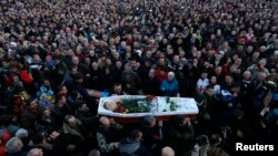 В Киеве 21 февраля прощались с активистами, погибшими в столкновениях