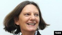 Новая хозяйка посольства Великобритании в Москве Энн Прингл продемонстрировала женскую мягкость и британскую твердость