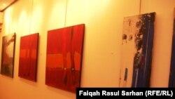 """جانب من معرض """"الأرصفة"""" للفنان أحمد نصيف"""