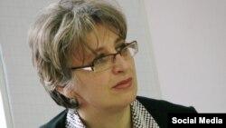 Sofiya İvanova