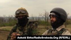 Українські солдати на позиціях неподалік Маріуполя, 30 квітня 2015 року