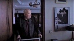 """Кадр из фильма """"Горбачёв. Рай"""" Виталия Манского"""