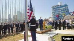 Торжественная церемония поднятия американского флага над посольством США в Гаване. 14 августа 2015 года.