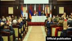 Armenia - Senior members of the ruling Republican Party (HHK) vote in Tsaghkadzor to nominate Serzh Sarkisian to be Armenia's next prime minister, 14 April 2018.