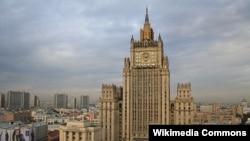 Здание МИД России на Смоленской площади в Москве.
